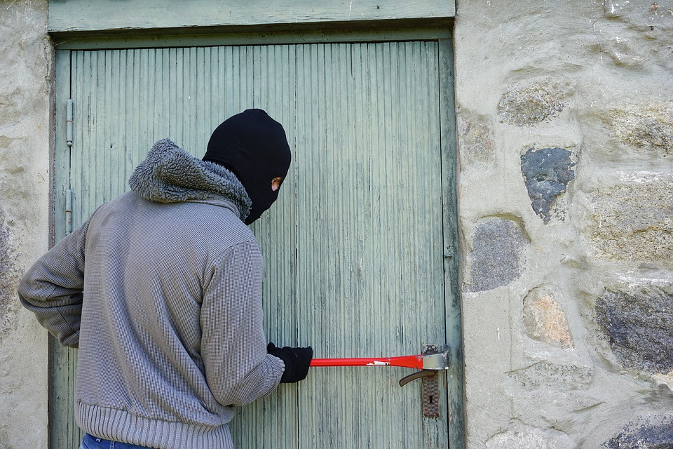 Come prevenire i furti domestici